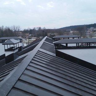 Dūmvadu pieslēgumu izveide un jumtiņu uzstādīšana