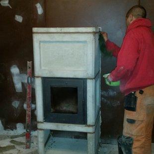Kamīnkrāsniņas dekoratīvā apdare un dūmvada oderēšana