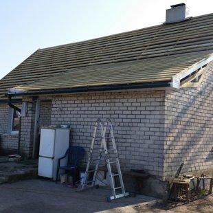 notek sistēmu un jumta kastes montāža