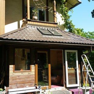 jumta loga iestrāde segumā, seguma un pieslēguma montāža